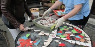 How to make mosaic designs tables by using tiles