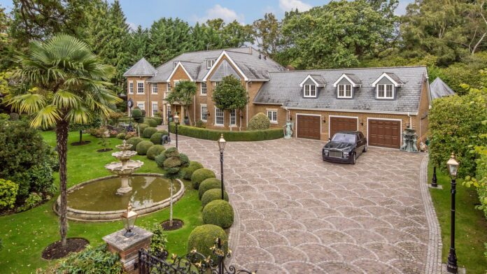 Virginia Water Real Estate and Real Estate Services